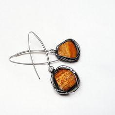Amber in the frame. Earrings unique pieces once more again. Real hand made // Bursztyn oprawiony. Kolczykowe unikaty raz jeszcze