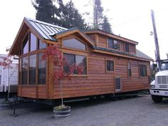 Tiny-Homes-on-Wheels — commercial model How big is this? What do you need to tow it?!