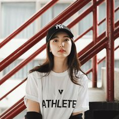 Read Cast from the story My Perfect Enemy! Cap Girl, Uzzlang Girl, Ulzzang Korean Girl, Cute Korean Girl, Fashion Photography Poses, Girl Photography, Girl Photo Poses, Girl Poses, Ootd Poses