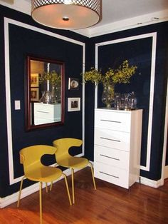 35 Ideas Wall Paneling Diy Small Spaces For 2019 Navy Walls, Black Walls, White Walls, Wall Molding, Moulding, Home Decor Inspiration, Decor Ideas, Cheap Home Decor, Decoration