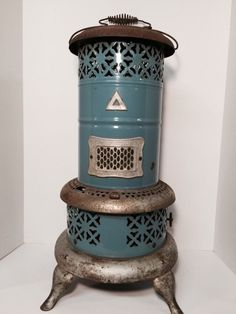 1913 Perfection Smokeless Oil / Kerosene Heater No. 630 Blue Porcelain Body #Perfection $149.99