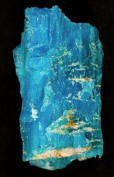 Krohnkite (sodium copper sulfate), Chile /  Mineral Friends <3