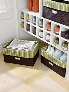 Low & Labeled Use matching baskets to sort recyclables in the low open area underneath a bench or built-in. Protect the baskets with oilcloth liners or treat fabric lines with several coats of spray paint or polyurethane to protect natural fibers from spills and stains