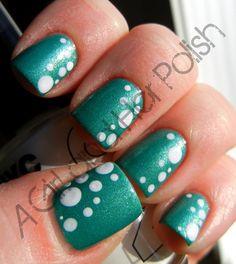 A Girl and Her Polish: Dotting