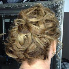 Wedding Updo For Short Hair Short Hair Updo, Wedding Hairstyles For Medium Hair, Wedge Hairstyles, Fringe Hairstyles, Everyday Hairstyles, Hairstyles With Bangs, Brunette Hairstyles, Hairstyles 2018, Feathered Hairstyles