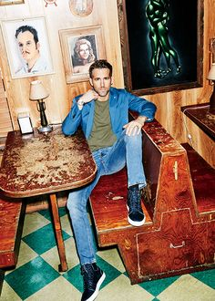 casual cool / men's style / ryan reynolds