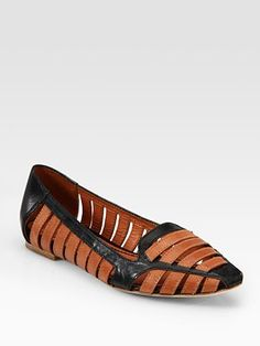 Practically speaking, you could wear them with both black and brown. Great for traveling.