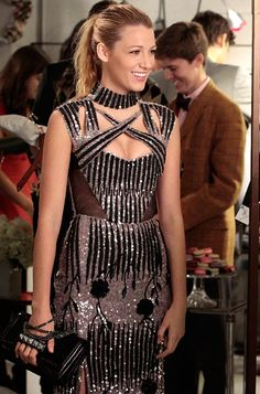 "Season 6, Episode 7: ""Save the Last Chance""  Serena van der Woodsen (Blake Lively) wears a Peter Pilotto dress and carries a Valentino clutch."