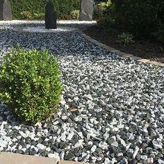 Decorative Aggregates from Stone Warehouse Gravel Landscaping, Gravel Driveway, Driveway Ideas, Rockery Stones, Garden Stones, Bog Garden, Gravel Garden, Ice Stone, Top Soil