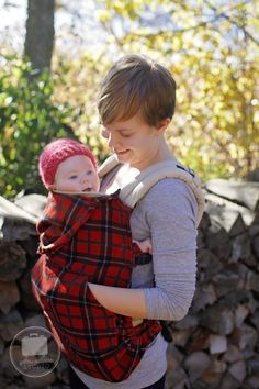 My husband and I have been loving wearing our little Lillian in our Boba carrier! It's been getting chillier in Wisconsin and I wanted something to keep her a little warmer and also a pocket to keep our hands warm too! I've seen some other coats and covers, but at the price they weren't really an…