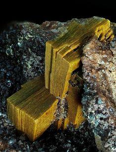 Arsenuranospathite, Uranium deposit Krunkelbach, Menzenschwand, Black Forest, Germany. Blocky, subparallel structured Arsenuranospathite crystals up to 9 mm in size. Collection/Copyright: Klaus Schäfer