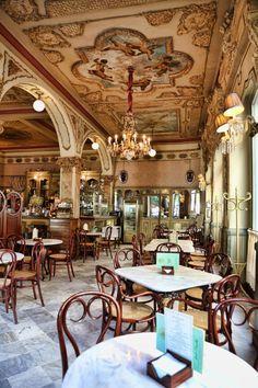 Restaurante Café Royalty - Cádiz 1912 - Café histórico en España.