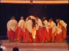 Dasara 2002 - Poorna Ahuthi - part 11 - Sathya Sai Baba.