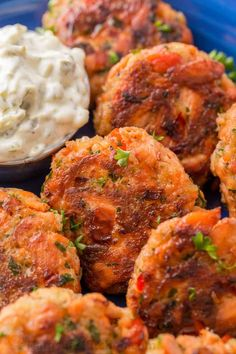 Salmon Patties Recipe (VIDEO) - NatashasKitchen.com Baked Salmon Recipes, Fish Recipes, Seafood Recipes, Cooking Recipes, Best Salmon Patties, Salmon Patties Recipe, Healthy Salmon Patties, Fish Dinner, Seafood Dinner
