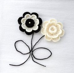 Crochet Applique  Crochet Flowers Corsage Brooch by CraftsbySigita