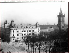 Budova soudu a radnice na Karlově náměstí Old Pictures, Old Photos, Heart Of Europe, Vintage Images, Prague, Czech Republic, Most Beautiful Pictures, Big Ben, Cities
