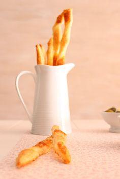 Recetas de Mon: Palitos de hojaldre con Parmesano. Mooooolt facils