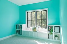 Corner Lot Modern Farmhouse - Home Bunch Interior Design Ideas Turquoise Bedroom Paint, Turquoise Paint Colors, Bedroom Turquoise, Bedroom Paint Colors, Paint Colors For Home, Teal Bedroom Designs, Teal Bedrooms, Romantic Bedroom Decor, Ux Design