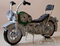 Witajcie.   Nadszedł czas aby zaprezentować mój motocykl.   Jego stan surowy już mieliście okazję oglądać.   Teraz już pomalowany, tak więc...