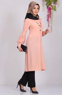 Muslim Women Fashion, Islamic Fashion, Womens Fashion, Abaya Fashion, Modest Fashion, Fashion Dresses, Habits Musulmans, Abaya Mode, Hijab Stile