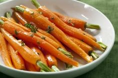 orange carrots plus 13 Dishes Even Picky Eaters will Love Vegetable Side Dishes, Vegetable Recipes, Veggie Side, Carrot Recipes, Healthy Recipes, Coffe Recipes, Side Recipes, Healthy Snacks, Crohns Recipes