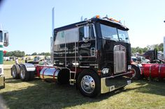 1984 Kenworth Cabover. We saw this meticulous beautiful rig at the Clifford Truck Show, 2014.
