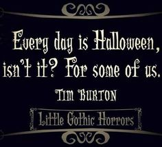 I love Tim Burton-Alice In Wonderland, The Nightmare Before Christmas, and others <---------- Yes! Tim Burton movies are my childhood! Fröhliches Halloween, Halloween Fashion, Holidays Halloween, Halloween Decorations, Halloween Costumes, Halloween Pictures, Halloween Sayings, Spirit Halloween, Halloween Rhymes