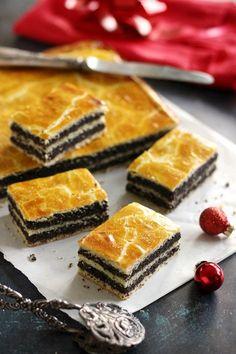 Juditka konyhája: ~ MÁKOS BEJGLI SZELET ~ Hungarian Desserts, Hungarian Recipes, Cake Recipes, Dessert Recipes, Czech Recipes, Baking And Pastry, Gluten Free Desserts, Sweet Desserts, Winter Food