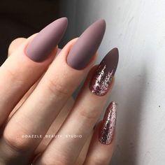 Nails 28 Gorgeous Almond Acrylic Nails You Won't Resist;almond nails long or short. 28 Gorgeous Almond Acrylic Nails You Won't Resist;almond nails long or short; Almond Acrylic Nails, Almond Shape Nails, Fall Almond Nails, Long Almond Nails, Acrylic Gel, Almond Nail Art, Nails Shape, Gel Nail Art, Nail Manicure