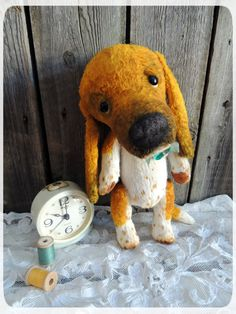 Basset hound. Teddy dog.  Teddy bear. Artist bears. Stuffed animal by photo. For Pets