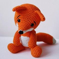 Lisa the Fox amigurumi pattern by Pepika