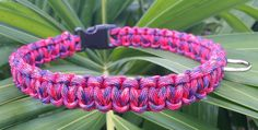 Paracord Dog Collar     My dog collars are made with Type III 7 Strand 550 Paracord and 5/8 inch (15mm) plastic side release contour buckles.     This custom dog collar is fully customizable to your liking. You can choose the color scheme, (if the color you are looking for is not in the chart, message me your color and I will try to find it).     Neck Width - Place your fingers straight on either side of your dogs neck where the collar would normally sit and is comfortable for your dog…