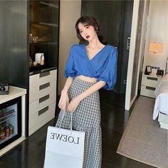 Feminine Fashion, Feminine Style, Asian Fashion, Fashion Women, Korean Style, Bloom, Style Inspiration, Clothing, Outfits