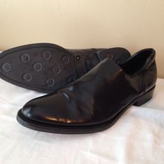 Men's 13M Black Leather Slip On Shoes Donald J Pliner Made in Italy #DonaldJPliner #LoafersSlipOns #dresscareer