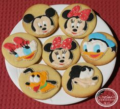 Mickey Mouse and friends cookies.
