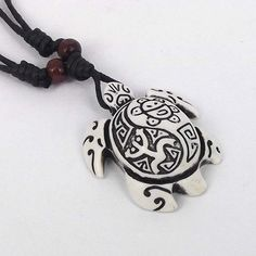 Ethnic Tribal Yak Bone Carving Cool SEA TURTLE Totem Pendant Necklace