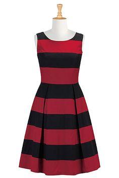 Показать ваши полосы строки платье я вижу это на работе с некоторыми большими каблуками. Очень приятно ищете, когда он начинает разогреть! # EShakti # eShaktiSpringItOn