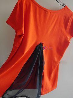 DIY mode – Customiser un haut basique avec du voile Shirt Refashion, T Shirt Diy, Tee Shirts, Robe Diy, Shirt Transformation, Diy Mode, Sweaters And Jeans, Diy Dress, Diy Clothing