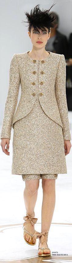 Chanel Haute Couture Fall/Winter 2014-15 ♔ Tres Haute Diva