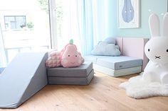 Spielpolster in Pastellfarben - so hübsch für das Kinderzimmer!