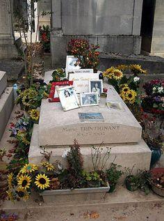 1000 images about pere lachaise cemetery on pinterest - Cimetiere pere la chaise ...
