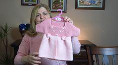 Baby Knitting, Baby Dress, Diy And Crafts, Hello Kitty, Applique, Beanie, Turtle Neck, Graphic Sweatshirt, Sweatshirts