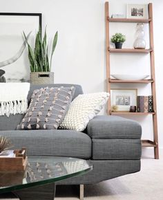 Nothing but good feels for @204park's textured #MyHomeSense cushion on a sleek grey sofa. Texture adds warmth and interest without overpowering understated style.