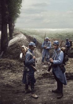 War photo of France Soldiers World War One, First World, Ww1 Photos, Ww1 Soldiers, World Conflicts, War Photography, French Army, European History, Wwii