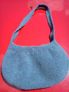 Free Knitting Pattern - Bags, Purses & Totes: Knitted Buttercup Bag