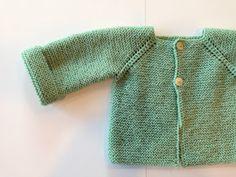 Lola Botona Málaga: Jersey bebé Free Baby Patterns, Baby Knitting Patterns, Knitting For Kids, Free Knitting, Crochet Baby, Knit Crochet, Bebe Baby, Knitted Baby Clothes, Baby Pants