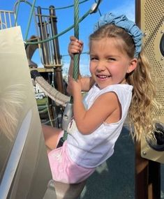 Taytum And Oakley, Fisher, Arwen, Children, Face, Models, Sister Photos, Young Children, Templates