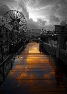 amusement park - sunset - twilight - darkness - dreamscape - dreamlike - photography - black and white