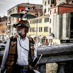 An awesome Virtual Reality pic! So ahead of the curve haha. Can't even imagine what's going on inside his world.  #veniceitaly #vr #vroomvroom #virtualreality #virtual #nerd #nerdlife #aheadofthegame #trending #ar #augmentedreality #gopro #goprooftheday #goprohero4 #goprouniverse #techies by robertvruggiero check us out: http://bit.ly/1KyLetq