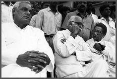 *HD* Atal Bihari Vajpayee Rare Old Photos (Black & White photos) - Hd Wallpapers For Mobile, Mobile Wallpaper, Rare Photos, Hd Photos, Black White Photos, Black And White, Atal Bihari Vajpayee, Old Coins, Durga